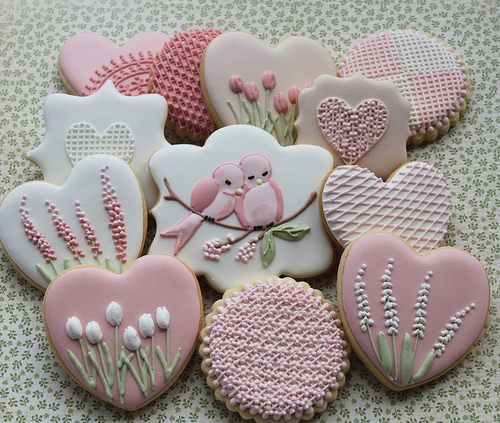 Floral lace cookies by Miss Biscuit