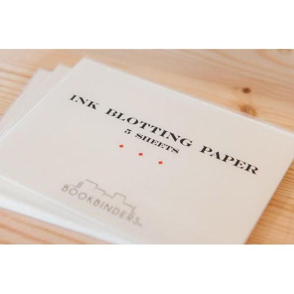 Bookbinders blotting paper is highly absorbent and light weight making it ideal for slipping in your notebook. It will soak up any excess ink you may lay down when writing with a fountain pen or calligraphy. It's ideal for use with inks or paper which have a slower drying time.
