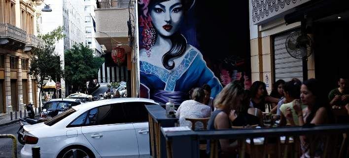 Η Süddeutsche αναρωτιέται: Είναι η Αθήνα το νέο Βερολίνο; Εκθέσεις πρωτότυπα καφέ και εστιατόρια χώροι πολιτισμού