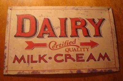 Definitely want to decorate my home in vintage signs!