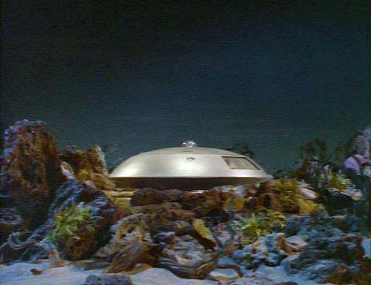 a spaceship landing on jupiter - photo #39