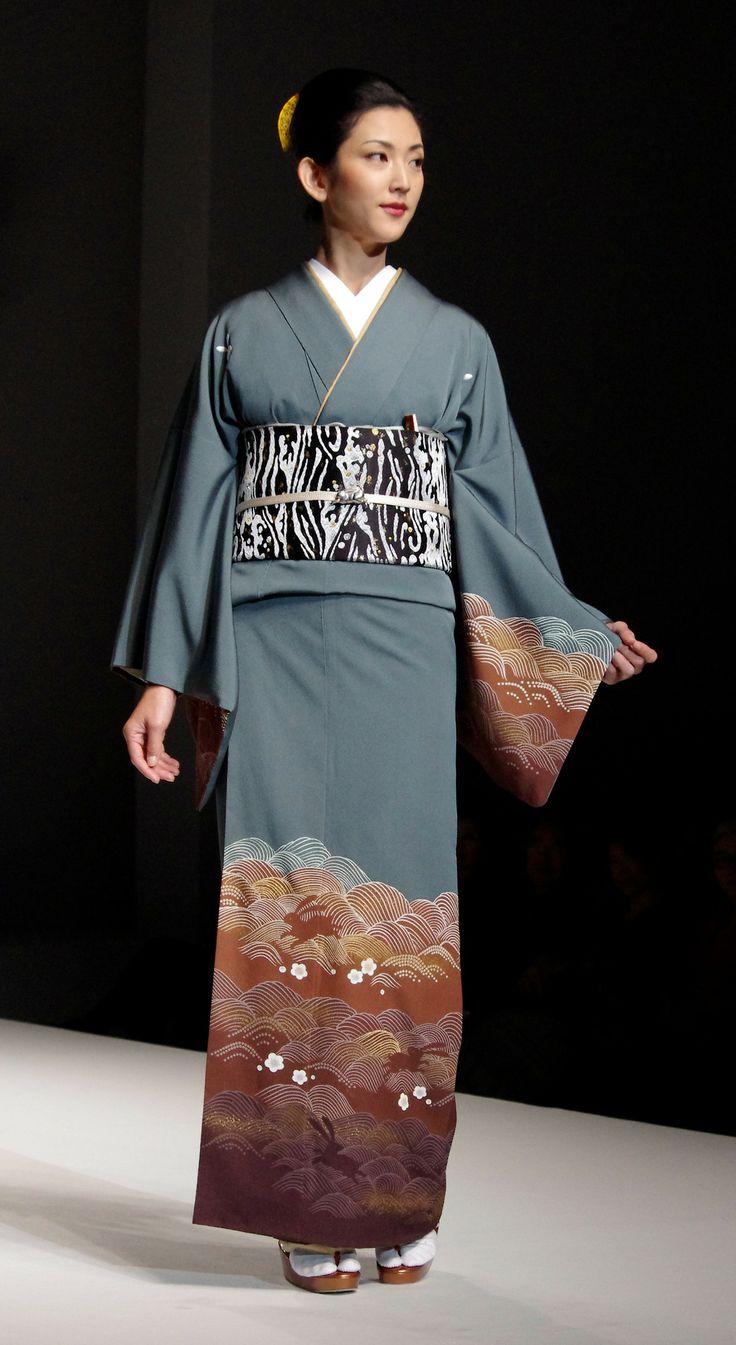 Kimono 11: Yukiko Hanai designed Spring/Summer 2012 Collection. Tokyo, Japan.