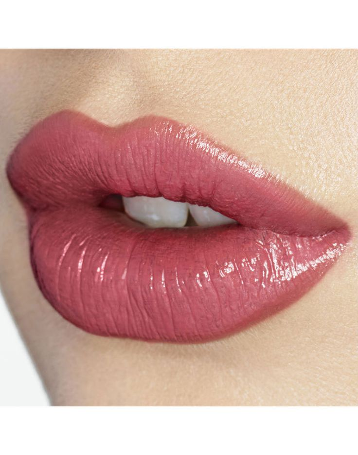 Get your perfect Ingenue lip with Coachella Coral.