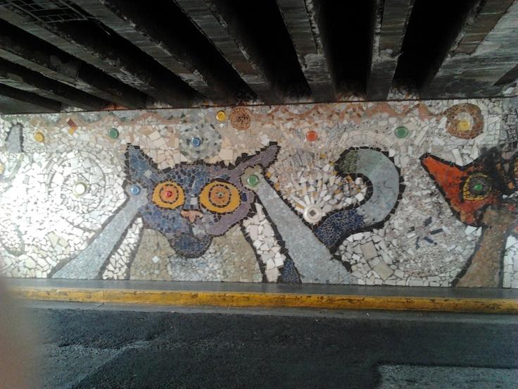 Downtown San José, under the bridge to the Morazán Park