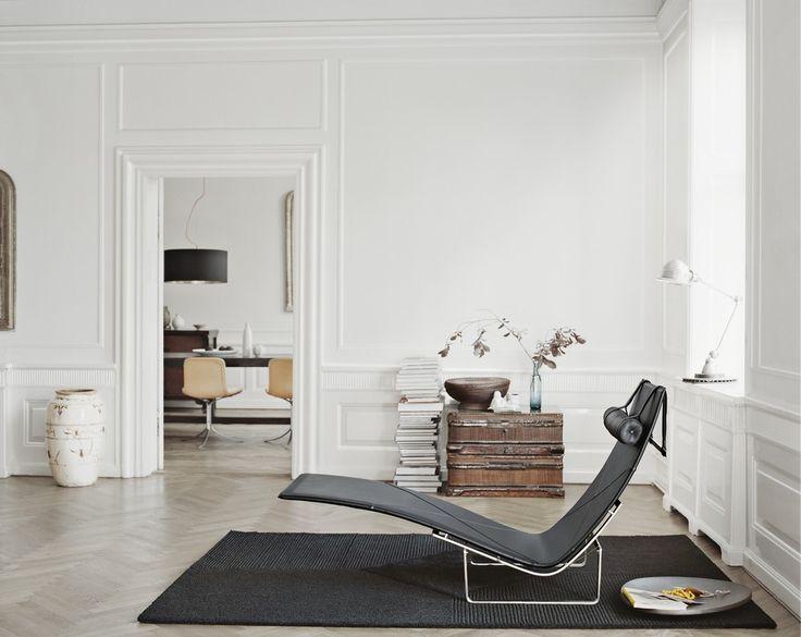 South Scandinavian style living room, Republic of Fritz Hansen. http://www.kenisahome.com/blog