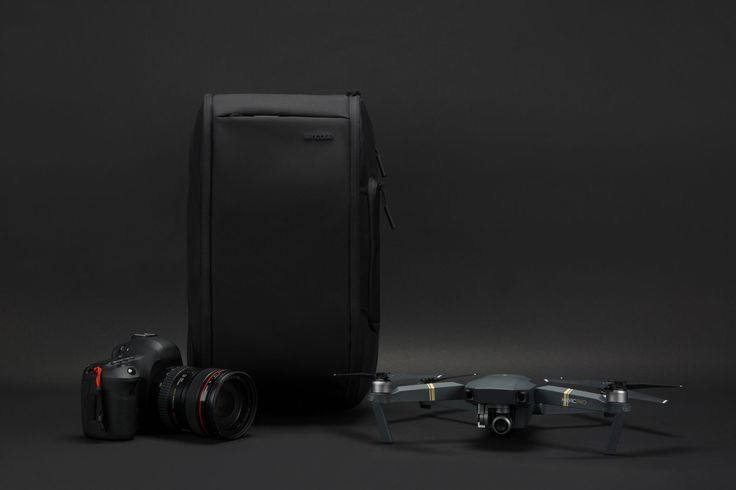 Incase Drone Sling Pack. A highly functional solution suitable for your DJI Mavic Pro or similar size drones, medium to smaller body DSLR's, Mirrorless, Point-and-shoot, Insta, and 360° action camera's.