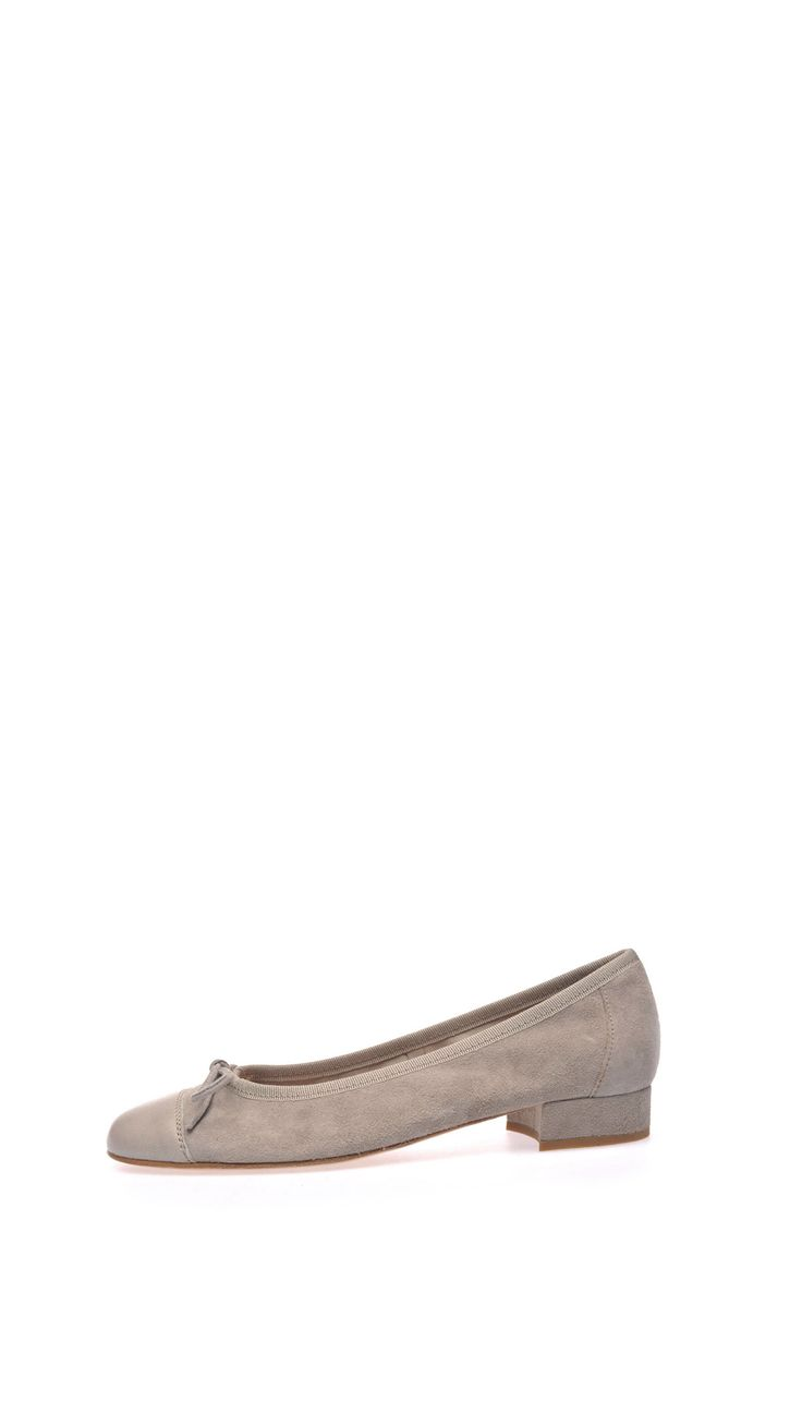 Bow suede ballet pumps, nappa leather point-toe, leather lining and sole, 2 cm heel