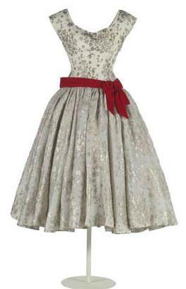 balenciaga_eisa_1955 - dropped the waist