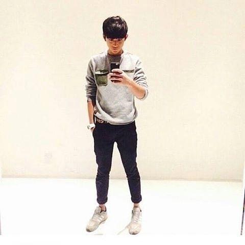 NCT Lucas taking a mirror selfie. #NCTLucas #Yukhei