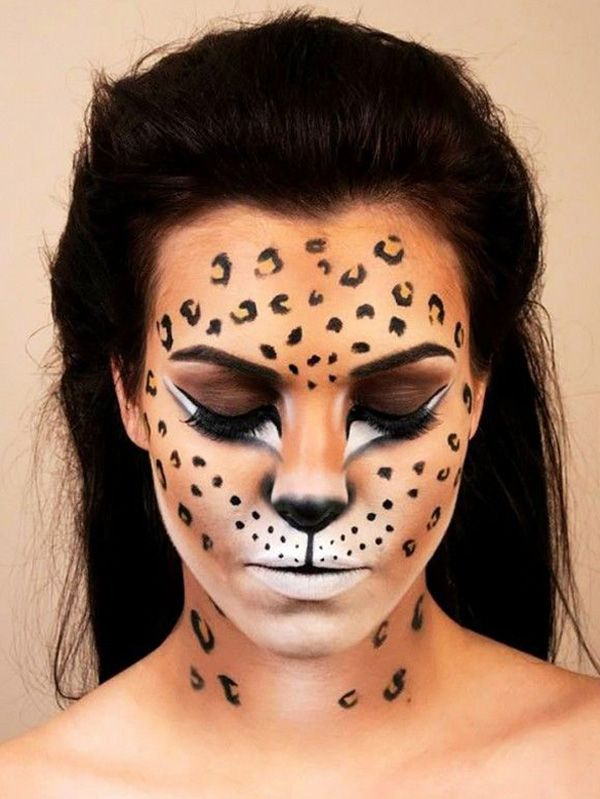 45+ Examples of DIY Halloween Makeup. maquiagem de leopardo