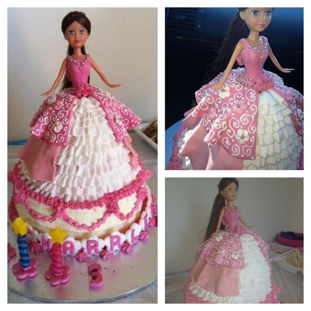 Vanilla cake with butter cream icing and fondant deco for a princess themed 3rd bday party.