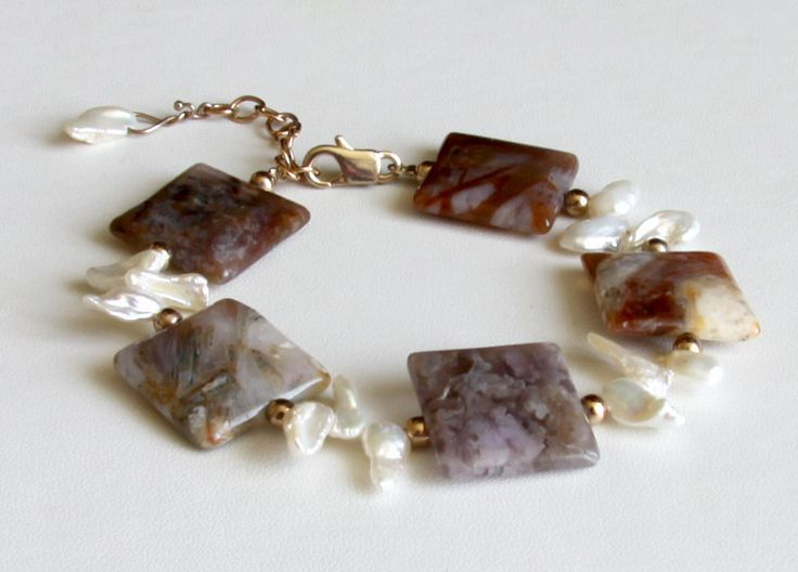 Bracelets For Ladies  :    Agate and keshi pearl bracelet with rose gold beads – brown, rust, tan and cream natural agate squares with white keshi pearls  - #Bracelets https://talkfashion.net/acceseroris/bracelets/bracelets-for-ladies-agate-and-keshi-pearl-bracelet-with-rose-gold-beads-brown-rust-tan-and-cream/