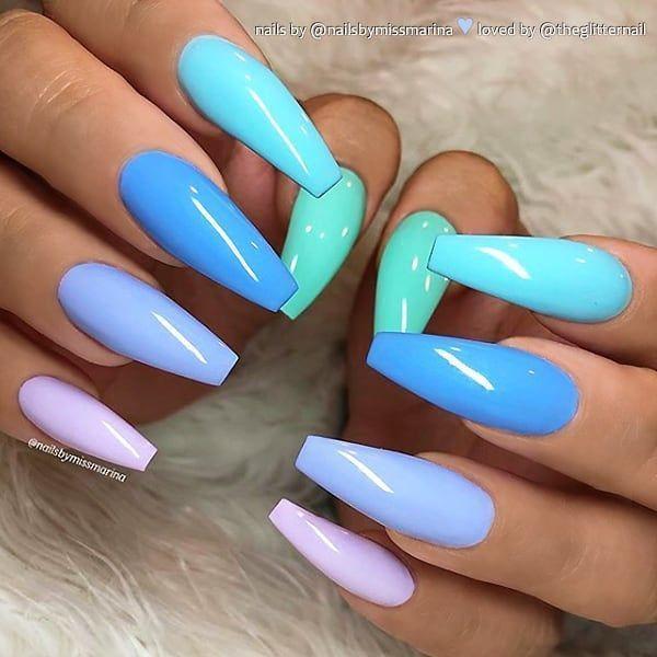 REPOST – Himbeer-Pink und Glitter auf langen Mandelnägeln – Bild- und Nagel-Design von @sinnas_nails_ Folgen Sie ihr für weitere wunderschöne Nail-Art-Designs! @ sinnas_nails_ @ sinnas_nails_ – Verwendete Produkte: @cosmofame_nail Farbe 181 Glitter – #acrylicnails