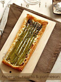 Tartes fines aux asperges, ricotta & parmesan (pâte feuilletée facile à la ricotta)