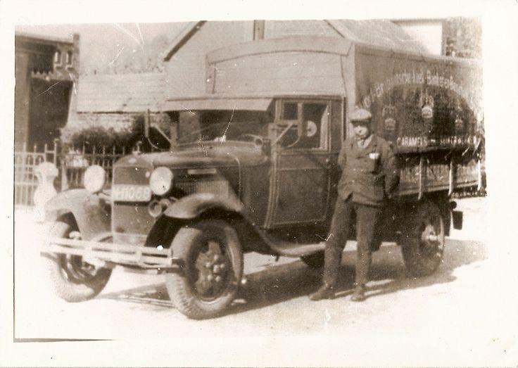 wie is deze persoon Vrachtwagen van Sjang Hoefnagels Foto gemaakt in de Emmastraat