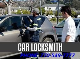 Locksmith ,Towing , Security , ADS Door Repair & Car Lockouts 24 Hours In  All Atlanta Area .  AUTOMOTIVE - RESIDENTIAL - COMMERCIAL. OFFICE ADDRESS: 4022 BUFORD HWY ATLANTA GA, USA PHONE:  770- 549 - 7777