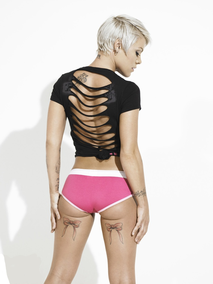 P!nK love her!!!! Wish I had those back thigh tattoos, live them
