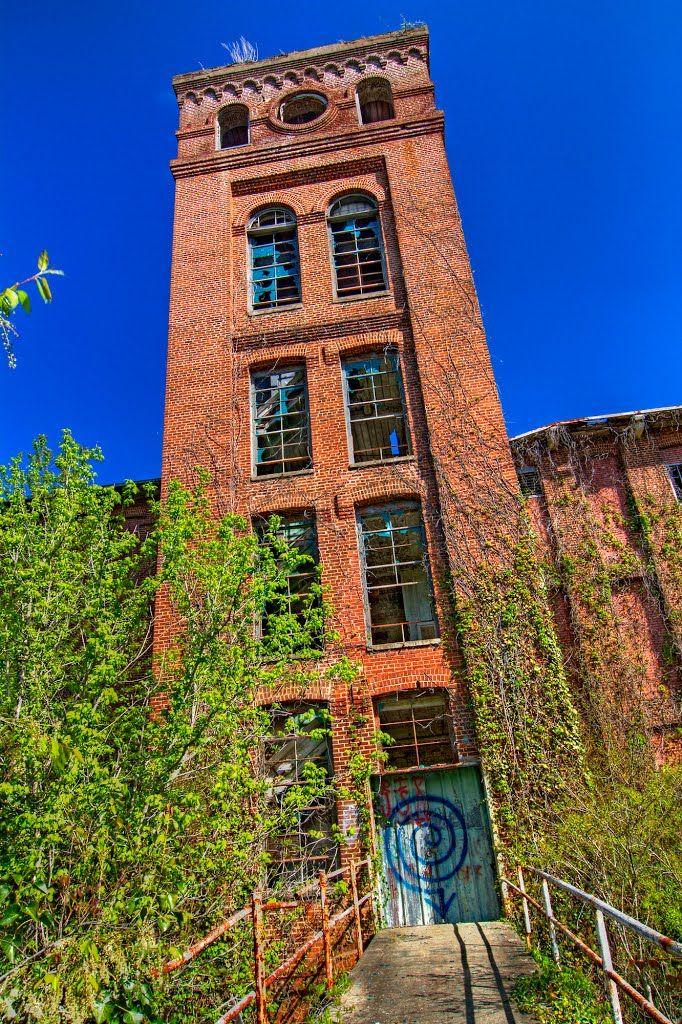 Abandoned Courtenay Mill, Newry, SC