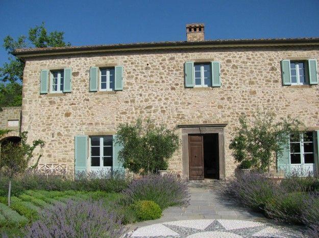 Casali e rustici di stile nel 2019 casale umbria casas for Arredamento rustico italiano