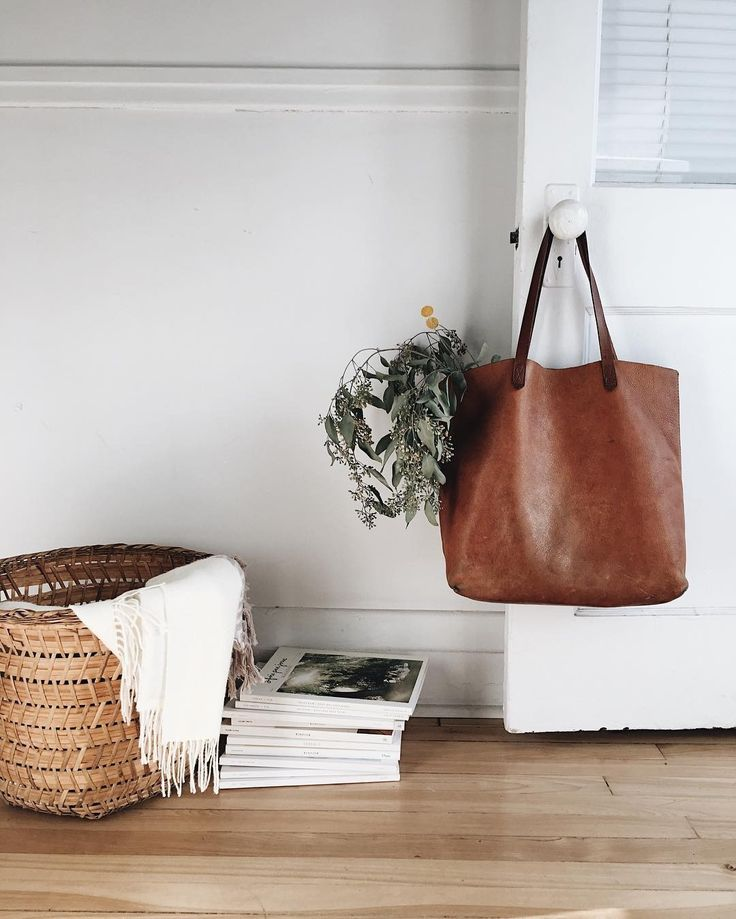 @kara_bino knows how to #totewell with the transport tote