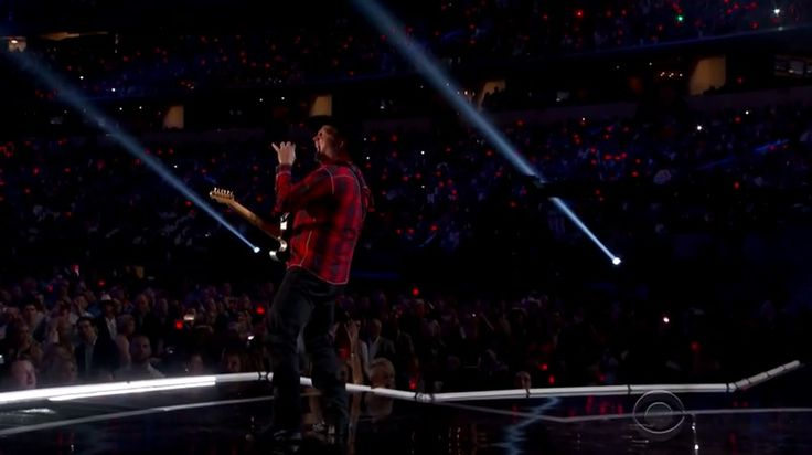 Garth Brooks's ACM Performance Is Full Of All Kinds Of WEEPY GLEES!