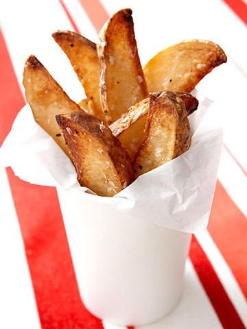Indulge guilt-free with this healthy French fries recipe.