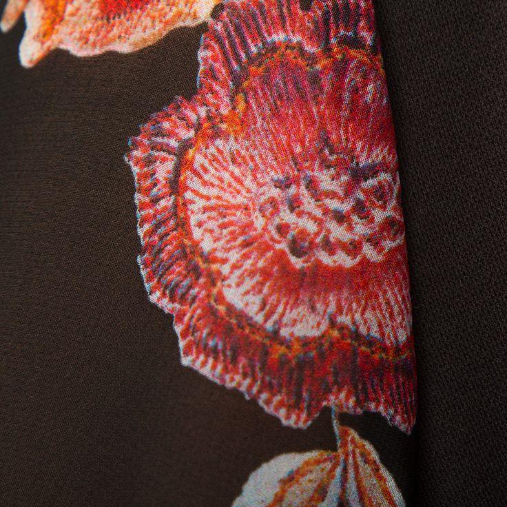 Купить Платье «Цветочное ожерелье» в телемагазине Shop&Show