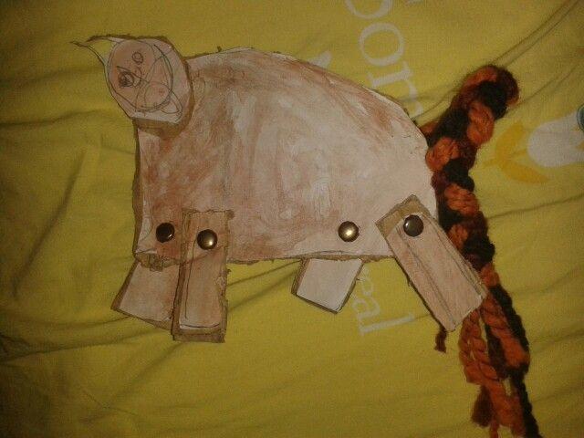 Un bel cavallo di cartone...prima o poi avrà anche la criniera:)