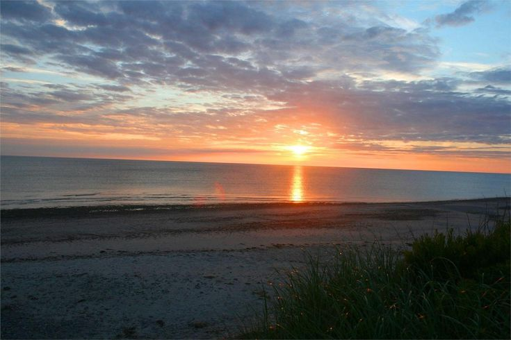 Cape Cod - Sunrise on our beach - East Sandwich, MA - Cape Cod vacation rental on WeNeedaVacation ID 25169  #beachsunrise #capecodvacation http://www.weneedavacation.com/Cape-Cod/Sandwich-Vacation-Rental-25169
