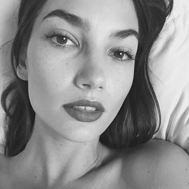 Pin for Later: The 47 Hottest Female Celebrity Selfies of 2015 Lily Aldridge
