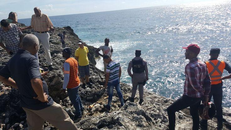 #ACTUALIDAD Joven de 24 años se lanza al mar Caribe con un niñito de cuatro años: Follow @DonfelixSPM Santo Domingo RD.-Se trata deAnais…