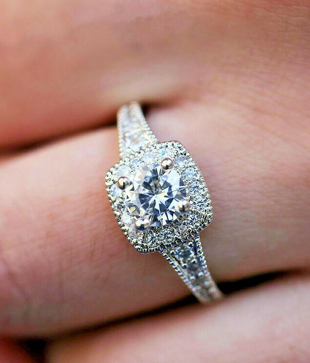 3.4 Ct Vintage Art Deco Round Cut CZ Blue Sapphire Engagement Ring In 925 Silver