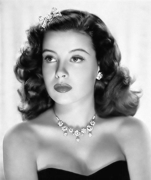 vintage glamour - rhinestone bow brooch worn as a hair ornament ... Gloria DeHaven