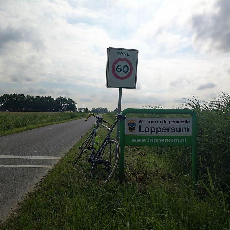 De dag begon met regen hier in Noord-Nederland maar na het middaguur werd het al snel 20 graden en ging de zon schijnen... #Vanmiddag heb ik daarom een ritje gemaakt met mijn #fiets door o.a. #uithuizermeeden de #Eemshaven en #Spijk. Bij thuiskomst nog even via #sporza naar de #tdf2017 gekeken... Ondanks dat @petosagan #petersagen er niet meer bij is... (5 juli 2017) Bekijk ook een de website van Tjerk www.TjerkBos.com
