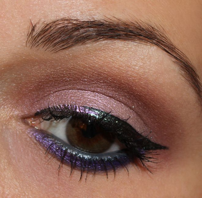 Catrice Feathered Fall Liquid Eyeliner C01 Peacocktail & Catrice Haute Future Eyeliner C01 GaLILACxy http://www.talasia.de/2014/09/26/eyes-catrice-eyeliner-peacocktail-meets-galilacxy/