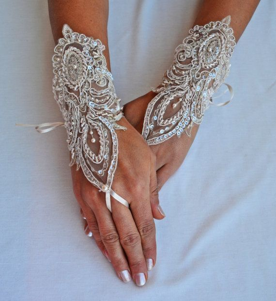 FREE SHIPPIN Wedding Glove ivory lace gloves by newgloves on Etsy, $50.00