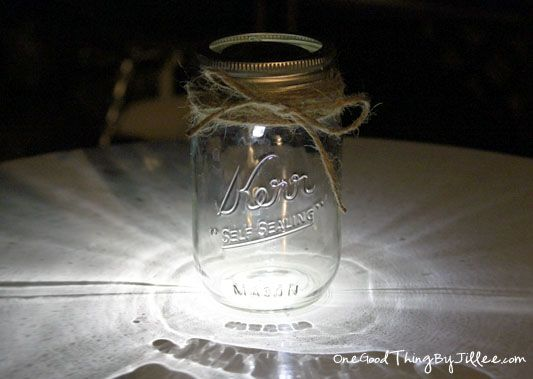 mason jar luminaries 11: Diy Mason, Idea, Solar Mason Jars, Craft, Diy Solar Powered, Diy'S, Outdoor