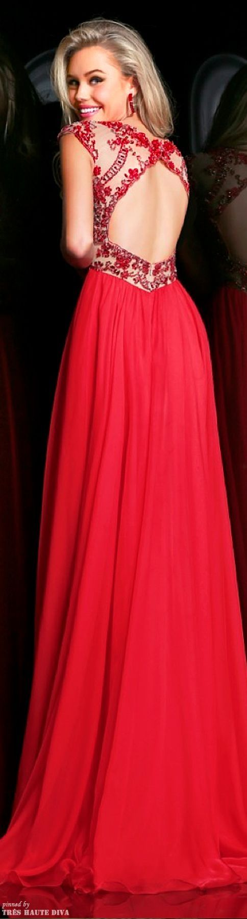 Gorgeous back on this red gown. Sherri Hill 2014 Collection #TopshopPromQueen