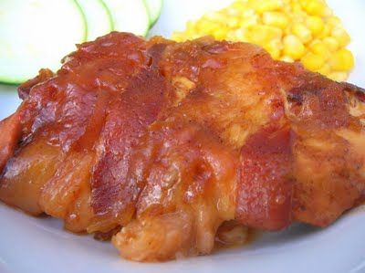 Slow cooker bacon-wrapped apple BBQ chicken.: Chicken Recipes, Crock Pots, Bbq Sauces, Bbq Chicken, Bacon Wraps Apples, Slow Cooker, Apples Bbq, Bacon Wraps Chicken, Chicken Breast
