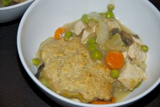 Biscuit crust pot pie | mmmm food | Pinterest
