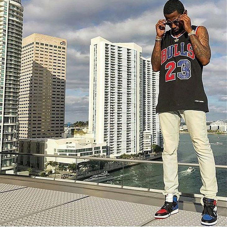 Rapper #Fabolous out in Miami for #ArtBasel.
