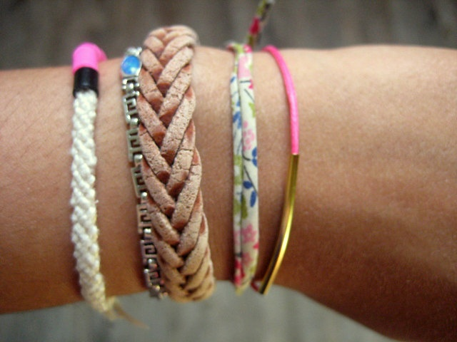 I've got a hankering for a stack of friendship bracelets.