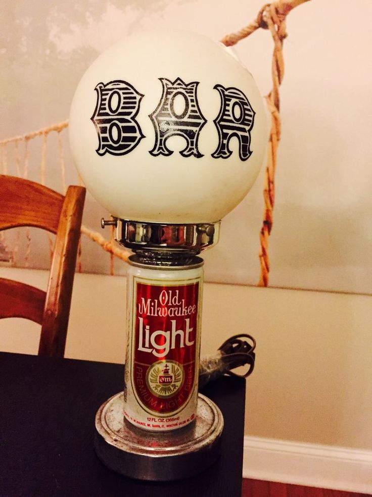 Vintage Old Milwaukee Beer Can Bar Lamp Light Globe Retro