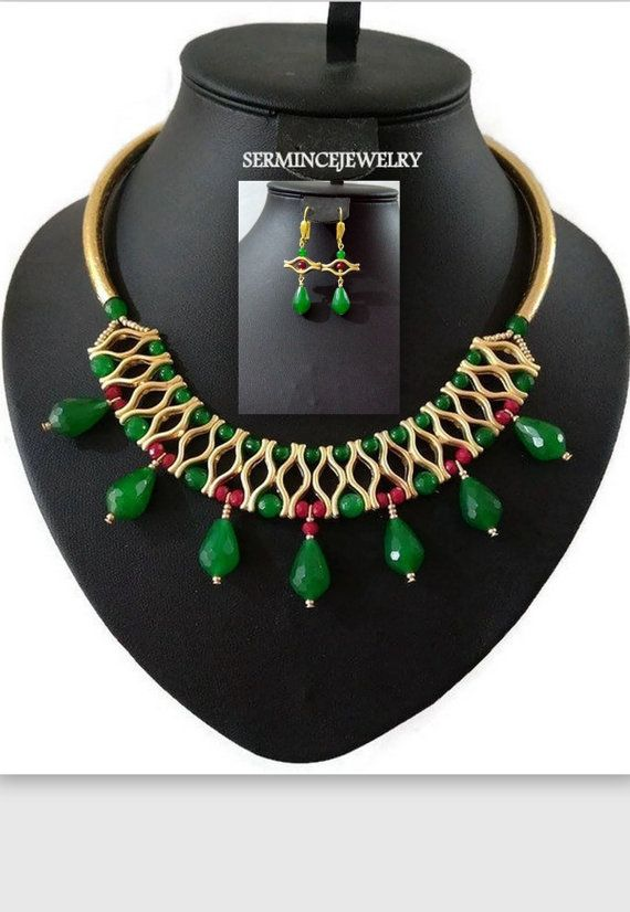 SUMMER SALE Jade Beaded Bib Statement Necklace by SERMINCEJEWELRY
