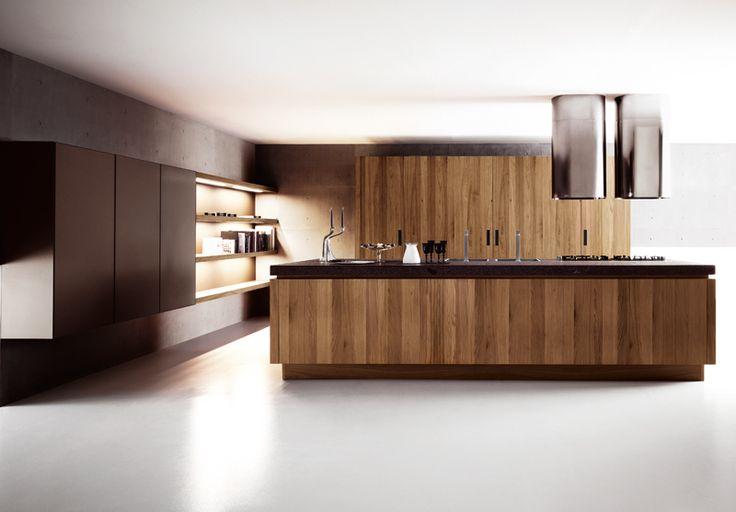 Fitted kitchen YARA by CESAR ARREDAMENTI | design Gian Vittorio Plazzogna www.gelosaarredi.it www.gelosaarredi.com www.interiordesignitaly.com #interiordesignitaly #italianfurnishings#italianfurniture#Kitchen #design
