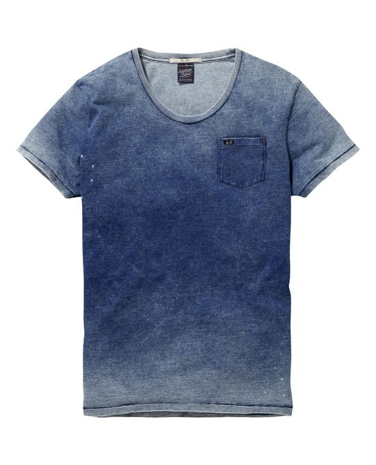 the t-shirt is blue color has one pocket in the chest his neck is crew neck has short sleeve there size medium and large the price is of $300