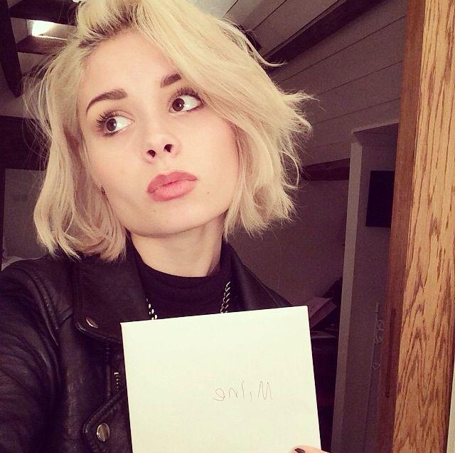 Nina Nesbitt's short hair is a YES from me.