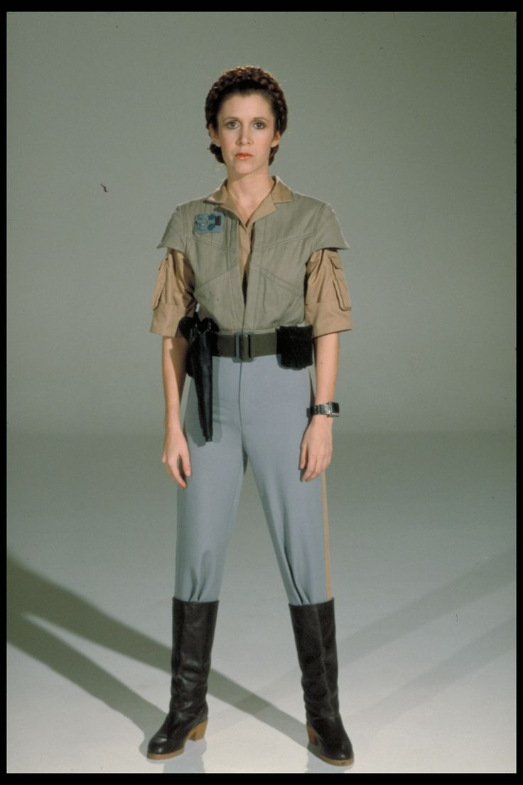 efaefb6bd69786c60a08052e808a30bc--leia-costume-carrie-fisher.jpg