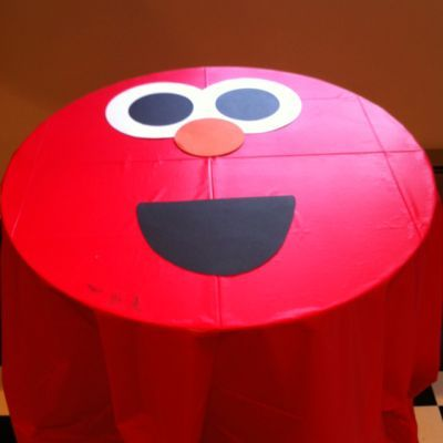 DIY+Elmo+Birthday+Party | the tables with red tablecloths embellished with that famous Elmo ...