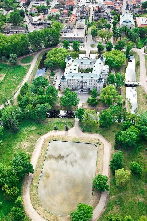 Rydzyna - zamek, szkoła elit i królowie
